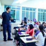 PL visa reservar 20% das vagas de concursos para estudantes de escolas públicas